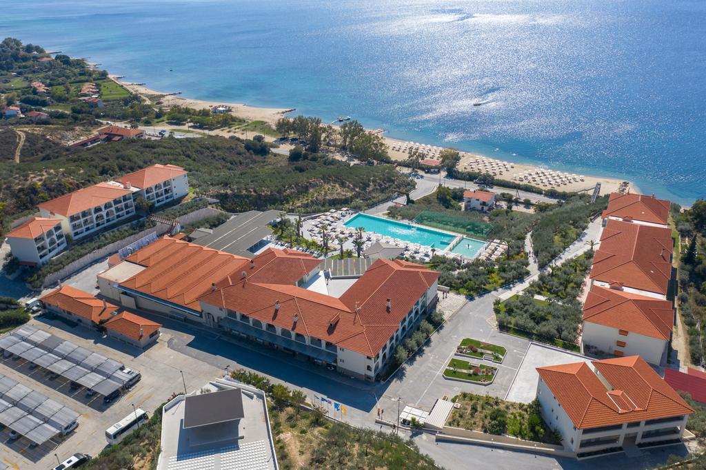 Akratos Beach Hotel